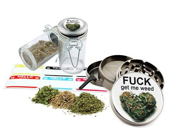 """Get Me Leaf - 2.5"""" Zinc Alloy Grinder & 75ml Locking Top Glass Jar Combo Gift Set Item # G022115-071"""