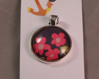 Pink flower pendent