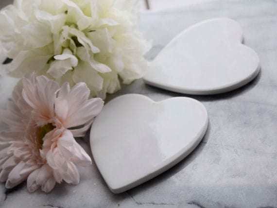Pair of white ceramic heart-shaped coasters or tiles, wedding table, coffee table, hot drinks, dining table, customization
