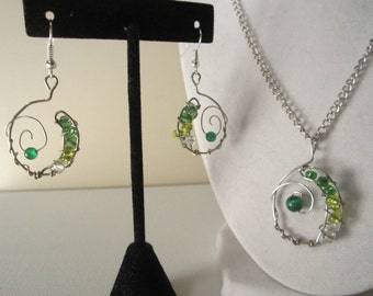 Green Beaded Wire Jewelry Set *Cancer Charity Listing*