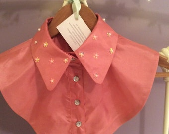Small Sequin Flower Pink Collar