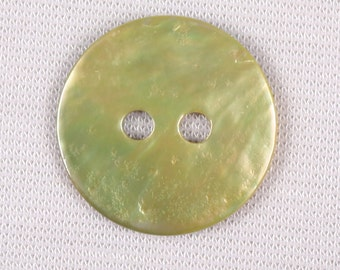 20 buttons 18mm mother of Pearl, green, 2 holes (3414)