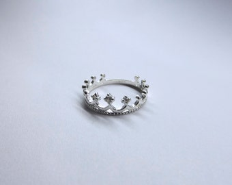 Fine silver Crown ring