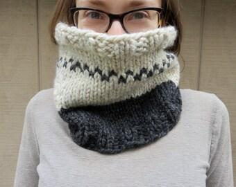Cowl: colorblock, circle scarf, neckwarmer, handknit