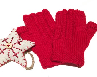 New hand knitted / mittens / gloves / fingerless gloves / red gloves / yourknitshop / gifts / presents / winter accessories