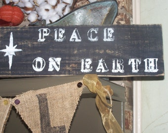 Vintage Christmas Peace On Earth Wooden Sign