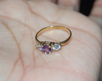 10K Yellow Gold Amethyst & Zirconia Solitaire Ring Band Sz 7