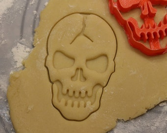 Halloween Cookie Cutter, Cracked Skull, Creepy Halloween Yummy Decorations, Birthday Party Cookie Cutters, Horror Movie Cookies, Spooky