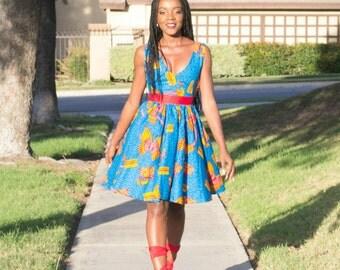 tenue africaine avec wax. Black Bedroom Furniture Sets. Home Design Ideas