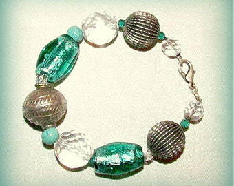 Bracelet with glass beads and crystals