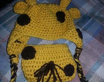 Giraffe newborn hat and diaper cover