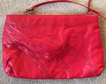 Vintage red leather bag, clutch, removable strap, 1980s bag, leather purse, red leather