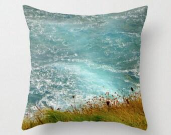 Decorative pillows irish green and blue