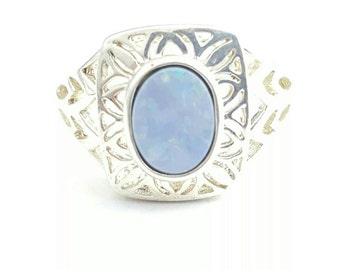 Vintage Sterling Silver and Simulated Opal Filigree Ring- Size 7
