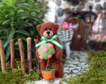 Needle Felted Mini Teddy bear - Wool bear - Felted toy