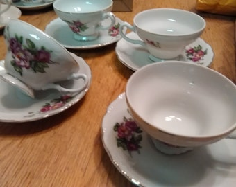 Japanese teacup and saucer set of 4