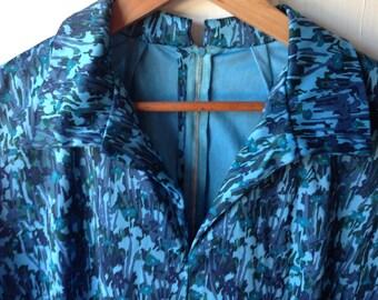 Plus size vintage blue print dress