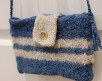 Felted Wool Purse: Team Colors