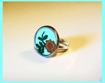 "Adjustable flower ""as before"" fabric ring"