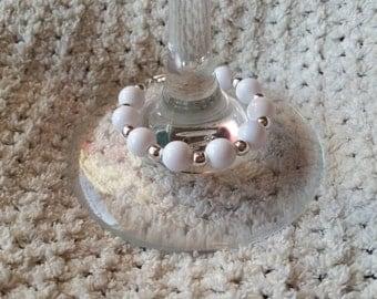 White beaded bracelet (18-24 month old)