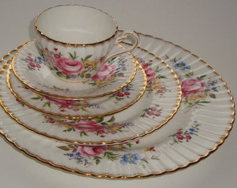 Paragon DOVEDALE 5 Piece Place Setting