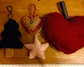 Hand-knitted decorations (inc. Christmas)
