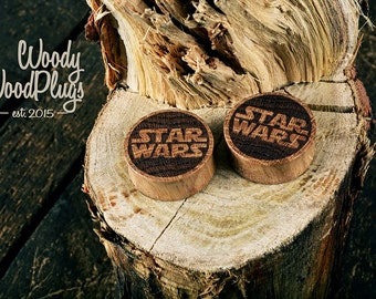 Oak wood Star wars plugs - wooden ear plugs - Star wars ear plugs - personalized plugs - custom plugs -  etchings plugs ear - plugs engraved