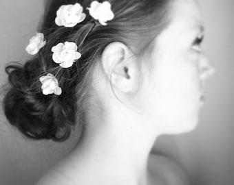 White Floral Hair Pins, White Flower Hair Pins, White Bridal Hair Pins, Silk Flower Hair Pins, Bridal Accessories, Wedding Accessories