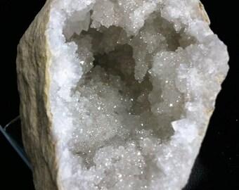 The Morocco quartz Geode