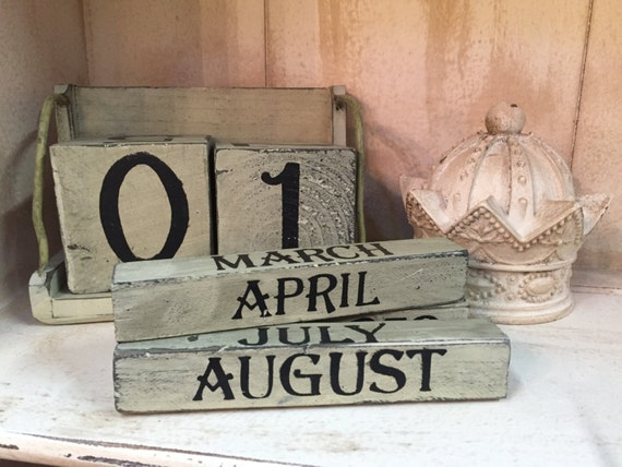 Vintage Distressed Reusable Block Calendar