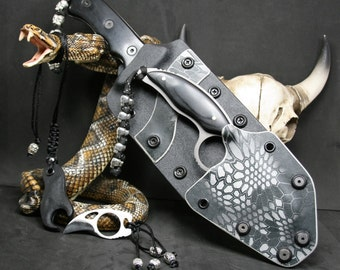 Huntsman/with Knives Kydex Sheath and paracord lanyard with skull beads