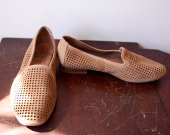 Vintage Suede Flats women's