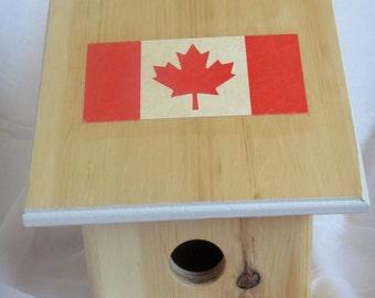 Canadian Design Birdhouse