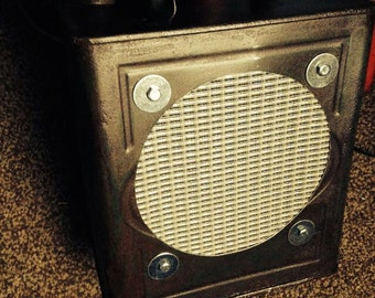 Petrol Can CBG Guitar Amplifier / Amp - 8inch celestion speaker LOUD! battery or mains powered great busking amp