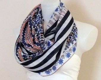 Soft infinity scarf Loop scarf Womeh fashion accessories Gift ideas Soft circle scarf Summer scarf