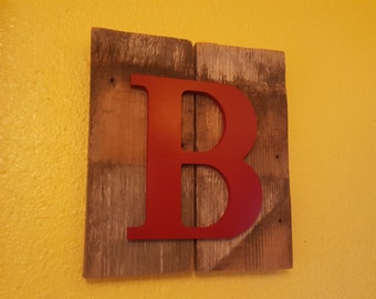 Personalized name decor. Any letter and color available.