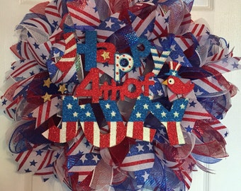 Patriotic 4th of July Deco Mesh Wreath (Red/White/Blue)