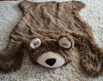 Nursery Rug / Bear Rug / Woodland Nursery / Baby Room Decor / Animal Playmat