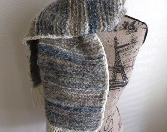 Soft and Cozy Bulky Knit Scarf