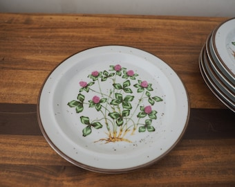 Vintage Set of Six Speckled Stoneware Plates with Sweet Clover Flowers Made in Japan