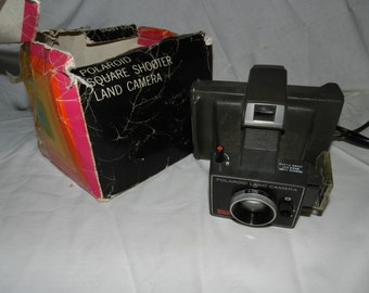 Polaroid Square Shooter Land Camera With instructions - Collectible Instant camera that displays well -Retro Mid Century modern Camera K1-11