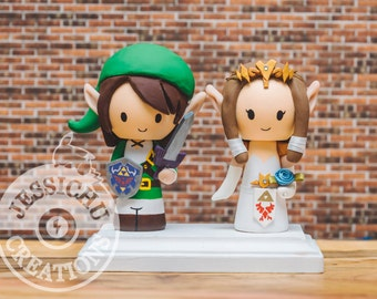 Link Groom and Zelda Bride, Wedding Cake Topper & Custom Figurines - Hyrule, Legend of Zelda, Tri force, Elf, Princess, Game, Nerdy Geeky