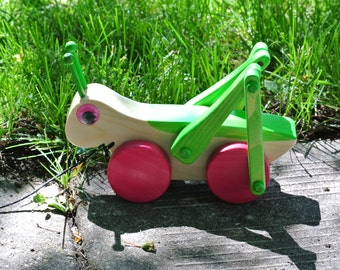 Wood Cricket walking pull toy