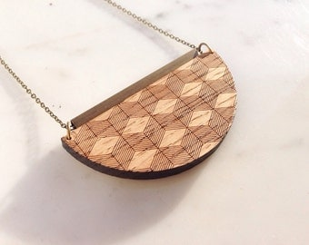 "Necklace ""3D"" serious oak"
