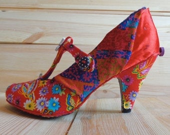 vintage style floral shoes