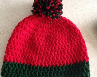 Simple beanie with pompon