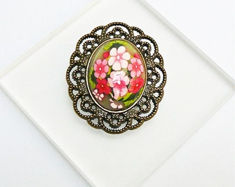Retro pin oval polymer clay roses flowers