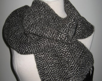 "Scarf ""MAX"" gray/black"