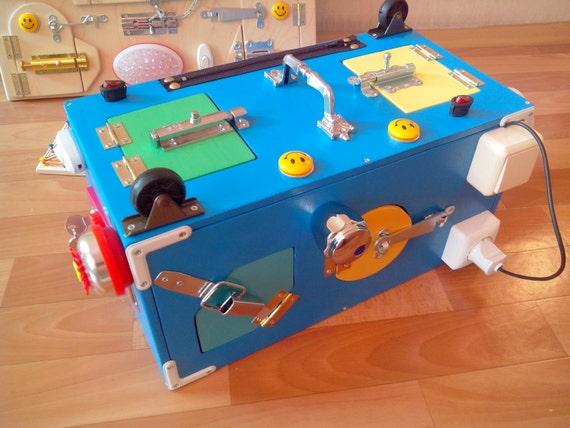 Busy board activity board busy box sensory board - Tableau en bois enfant ...