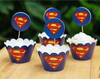 12 Superman wrappers and toppers.